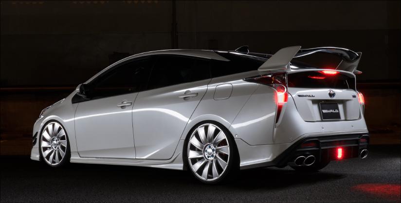 Exterior Toyota 50 Prius Sports Line